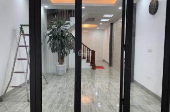 Bán nhà ngõ 325 Kim Ngưu, Hai Bà Trưng, ô tô đỗ tận cổng, 40m2x5T mới 3,5 tỷ thông Trần Khát Chân