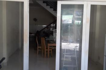 Cho thuê mặt bằng tầng trệt 4x15m, đường Nam Hòa, Phước Long A, Q9