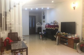 Chính Chủ bán nhà 5 tầng Phố Hào Nam, Đống Đa, 52m2, MT 5m, Giá 10.3 tỷ - Kinh Doanh Sầm Uất