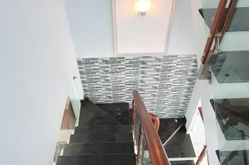 Bán nhà 3 tầng 4PN, sân thượng, sổ riêng hỗ trợ vay hàng. Nhà mới xây 100%