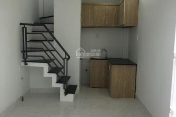 Cần bán 2 căn nhà liền kề 1 trệt, 1 lầu, đường Tô Ký, Quận 12, giá 830tr/ SD 36m2, LH: 0988189768