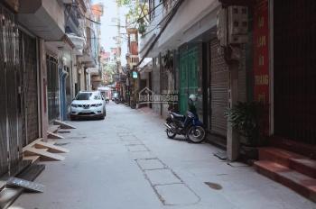 Cho thuê nhà riêng đường Khương Đình, DT 45m2 x 5 tầng, ngõ rộng 10 triệu/tháng