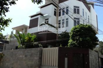 Bán biệt thự Vip Lý Chính Thắng, Phường 7, Quận 3, DT 10x15m, giá bán 45 tỷ TL, LH 0938767186