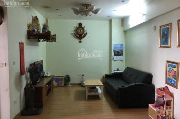 Cần bán gấp căn hộ chung cư tòa CT10 KĐT Việt Hưng, Long Biên, 85m2, 2 phòng ngủ. Giá: 1,48 tỷ