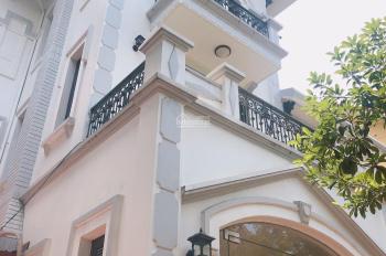 Cho thuê biệt thự Tây Nam Linh Đàm, đối diện chung cư. Phù hợp làm mầm non, nhà hàng, TT Anh ngữ