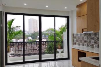 Cần bán gấp CHTT phố Phương Mai giá 1.15 tỷ, 40m2, đầy đủ nội thất