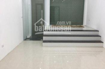 Chính chủ bán nhà mặt đường Phạm Văn Đồng 40m2, 6 tầng giá chỉ 13,5 tỷ. LH 0915234993