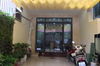 Cho thuê nhà phố P. Bình An, quận 2: 5x27m, trệt 3 lầu, 5 phòng, giá 30 tr/th. Tín 0983960579