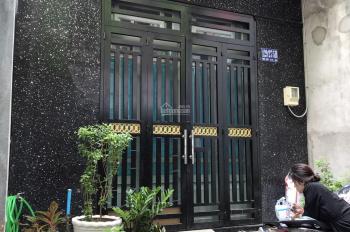 Nhà quận 8 Mai Hắc Đế, nhà đẹp 3 tầng, 4 phòng 3 toilet, 4.2m x 14.5m, giá 4 tỷ 3 chính chủ