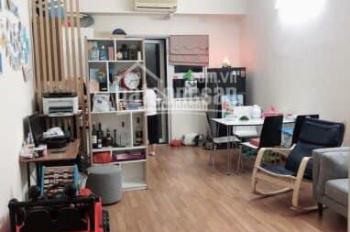 Gia đình cần chuyển nhượng căn hộ DT 65,5m2 2PN full nội thất tại HH2C Linh Đàm, giá 1,1 tỷ bao tên