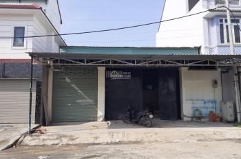Cho thuê kho, xưởng DT: 5,5m x 25m, Dương Thị Mười. Giá 3tr/th