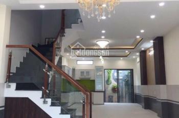 Bán nhà QL50 cách Nguyễn Văn Linh 1,5km 2 lầu sân thượng. Giá 5,5 tỷ