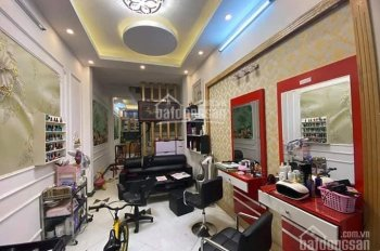 Bán nhà Kim Đồng, Giáp Bát 10m ra mặt phố - kinh doanh, DT 45m2 x 5 tầng cực đẹp ở ngay, giá 3,2 tỷ