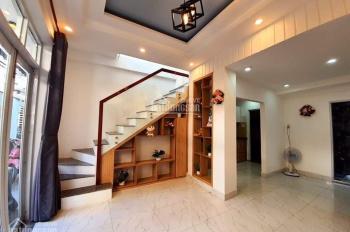 Bán nhà 2 tầng kiệt Trần Cao Vân, kiệt thông, để lại nội thất. LH: 0934889973