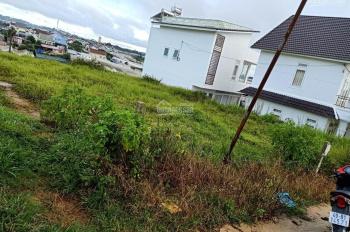 Cần bán lô đất xây dựng chính chủ 200m2, giá 5.5 tỷ