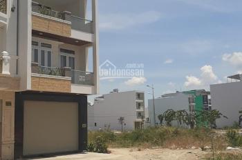 Cần bán gấp ngôi nhà 3 tầng KĐT Lê Hồng Phong 2, dt 80m2, ĐT 0981413236