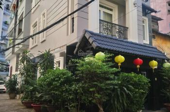 Cho thuê biệt thự HXH số 2 Cao Thắng, Q3, DT: 4 lầu, 400m2 sàn + sân vườn, giá: 120 tr/tháng