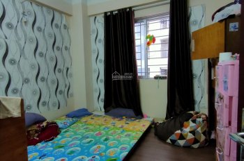 Cần bán căn hộ 1,3 tỷ tòa OCT1 - Bắc Linh Đàm, DT 62m2, 2PN, đủ nội thất và hiện đại