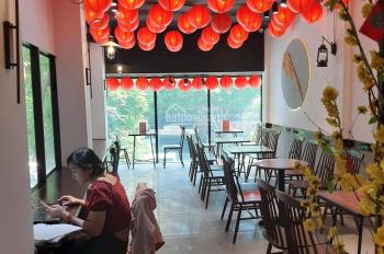 Cho thuê nhà hàng ngay phố đi bộ Nguyễn Huệ - Bitexco, Q1, 10x30m NH 13m, giá 640 tr/th, 0903607732