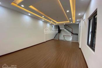 Cho thuê nhà 3 tầng mặt tiền Lê Duẩn, Đà Nẵng, 110m2, 50 triệu/tháng. LH: 0909758111