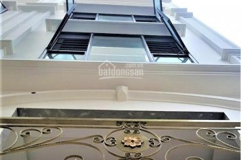 Bán nhà riêng mặt ngõ thông , KD cực tốt, oto qua nhà 4T- 36m2 cạnh trường C3 Lê Lợi , giá 2.63 tỷ