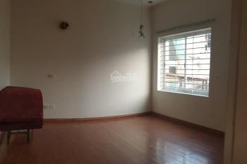 Cho thuê nhà ngõ 59 Trần Bình 60m2 x 4 tầng, thông sàn, MT 4.5m, giá 14 tr/tháng, ô tô
