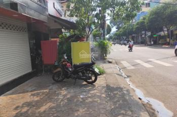 Cho thuê nhà mặt tiền kinh doanh, đường Lãnh Binh Thăng, P.12, Q.11. DT 7x4m 2 lầu ST giá 25tr/th