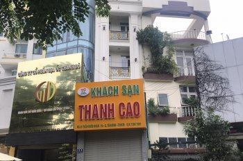 Cho thuê khách sạn Trường Sơn, P2, Tân Bình