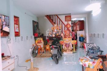 Bán nhà đường Tân Hương (4x11m) gác lửng đúc, sổ hồng, hẻm 4m - giá 3.75 tỷ
