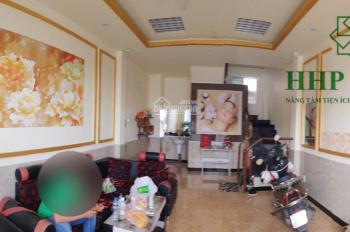 Cho thuê nhà 1 trệt 2 lầu, gần Vincom, mặt tiền Phạm Văn Thuận, LH 0973 010209 Hương
