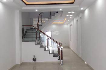 Nhà xây mới Đặng Cương - An Dương, ngay sát thị trấn An Dương(70m2 x 3t) 920 triệu lh 0968463199