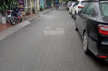 Bán nhà mặt ngõ phố Hoàng Quốc Việt cách mặt phố 50m ô tô đỗ cửa xây 5 tầng mới. Giá 7,5 tỷ