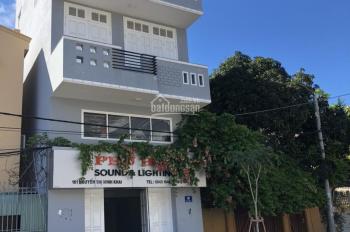 Cần bán nhà mặt tiền đường Nguyễn Thị Minh Khai, hướng Tây Bắc, phường 8, thành phố Vũng Tàu