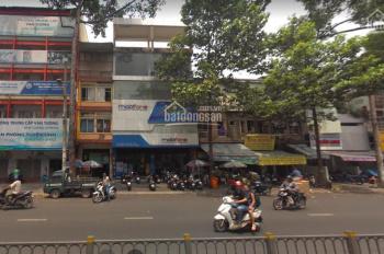 Nhà mặt Tiền Lê Hồng Phong, Quận 10, diện tích 9x15m, kết cấu: 1 trệt 3 lầu. Ngay ngã tư đường lớn