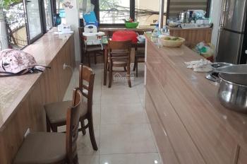 Cho thuê nhà 3 mặt tiền phố Tôn Thất Tùng - Nhà thông sàn, kinh doanh tốt ôtô đỗ cửa, ảnh thật