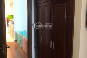 Gia đình cần bán gấp căn hộ góc 3PN, nội thất cơ bản gắn tường tại Goldmark City