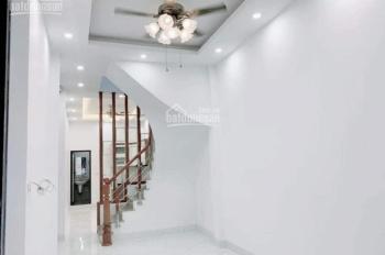 Bán nhà Tôn Thất Tùng,DT38M2, Ngõ siêu rộng, Ban công thoáng, Có sân chung, giá nhỉnh 3 tỷ