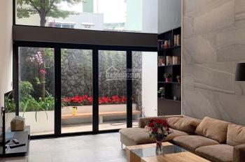 Bán nhà 4,5 tầng mặt tiền đường Huỳnh Ngọc Huệ