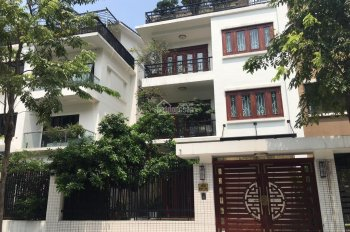 Bán 8 căn biệt thự Pháp Vân giá 12 tỷ căn, LH 0965986925
