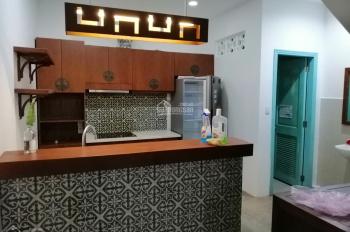 Cho thuê mặt tiền 421 Hai Bà Trưng, gần ngã tư Trần Quang Khải, Phường 8, Quận 3