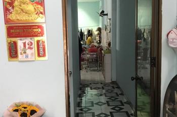 Chính chủ đang ở cần bán nhà 2 tầng MT Trần Cao Vân đoạn giữa Hà Huy Tập và Lê Độ