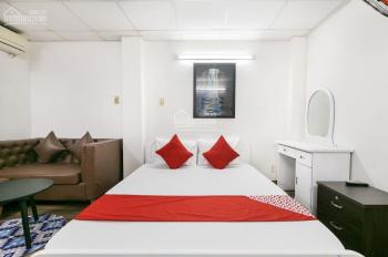 Cần sang khách sạn quận 1 gồm 10P - 10WC có bếp trong phòng có thể làm CHDV