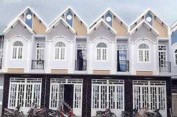 Chính chủ cần bán gấp nhà mới xây 1 trệt 1 lầu 690 triệu tại Đức Hòa Hạ - Long An