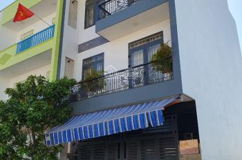 Bán Nhà mới sổ đỏ giá rẻ mặt tiền đường c1 full nội thất cao cấp dự án VCN phước Long lh 0988287825