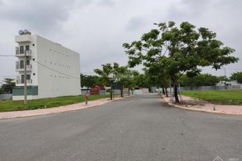 Chính chủ bán đất sát mặt tiền đường Trường Lưu, Quận 9, 100m2