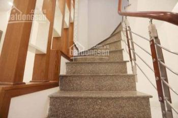 Bán nhà Tôn Thất Tùng, 3 tầng, 3 ngủ, xây mới, đẹp lung linh