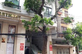 Cho thuê nhà mới xây dựng mặt phố Triệu Việt Vương, mặt tiền: 5,5m, diện tích: 75m2, 4 tầng + hầm