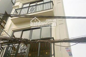 Cho thuê nhà ngõ 14 Pháo Đài Láng, Láng Hạ, Đống Đa 45m2 x 4T, giá 12tr/th ô tô cách 7m