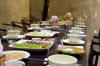 Cho thuê nhà mặt phố Tạ Hiện, Hoàn Kiếm, giá thuê 30 tr/th. Kinh doanh mọi mô hình