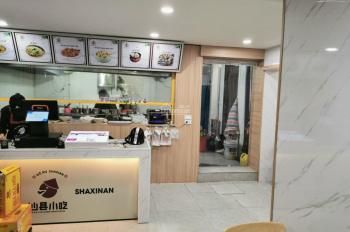 Cho thuê nhà mặt phố Tạ Hiện, điểm toàn hàng ăn, dãy đẹp, gần Bar 1900, giá 30tr/th, thuê thẳng